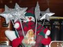 Muñeco de nieve, estrellas y la Virgen y el Niño